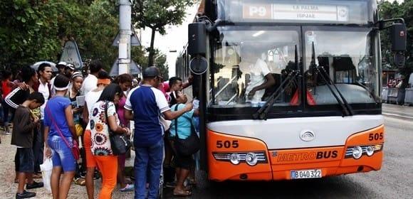 Transporte en Cuba. Foto: José Raúl Concepción/Cubadebate