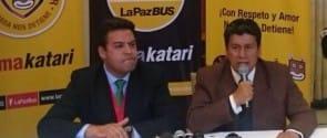 En la izquierda, el alcalde de La Paz y copresidente de la UCCI, Luis Revilla, y en la derecha, Iván Arciénaga, presidente de FLACMA y alcalde de Sucre.