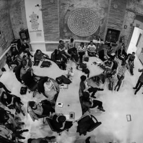 La Colaboradora, una de las piezas principales de Zaragoza Activa, está regida por una asamblea abierta a todos sus miembros. ZAC