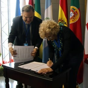 UCCI XVIII Plenaria firma acuerdos 190418 021