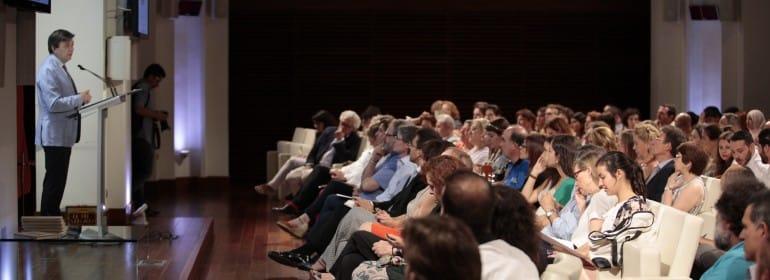 Imagen general del público durante la entrega de los premios 'Somos refugio'.