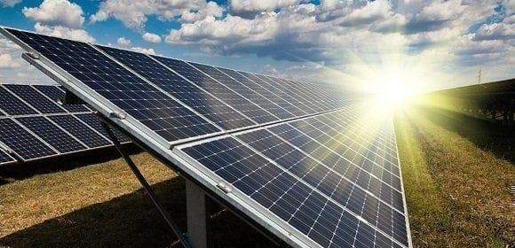 19605_paneles-fotovoltaicos-580x329