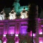 15 ciudades de Iberoamérica se iluminan para exigir la eliminación de la violencia contra las mujeres
