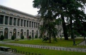 098_Madrid_Paseo_Del_Prado_Museo_Facade_Ouest_-_panoramio-1-1024x765